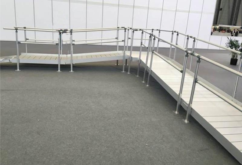 組み立て式スロープ写真2.jpg