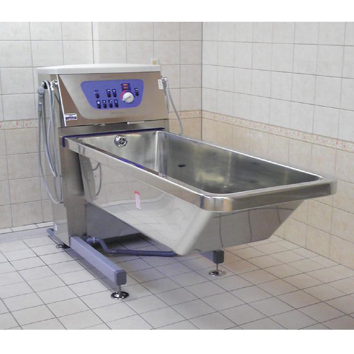 感染症予防に有効なステンレス製の特殊浴槽(プリモフェロ)