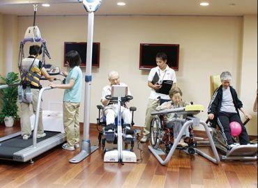 高齢者と障害者の生活サポート