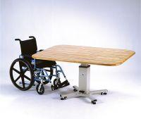 天板の高さを任意に調整できる昇降式テーブル